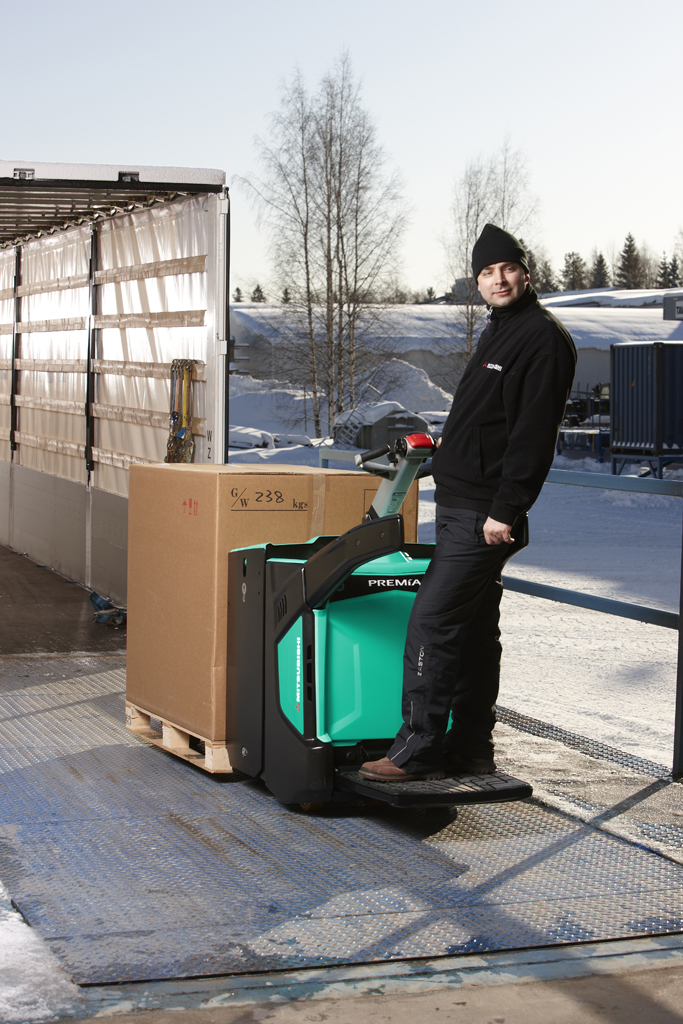 Pallet Truck Hire